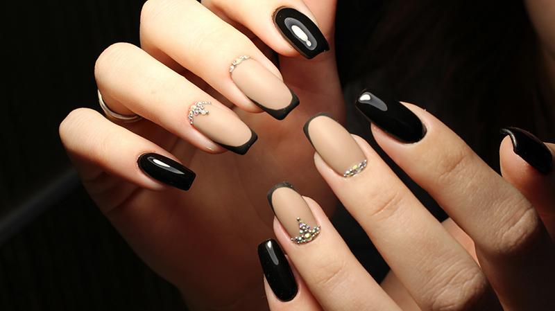 Lakier neonail pure black