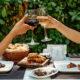 Białe wino – do czego i jak podawać?