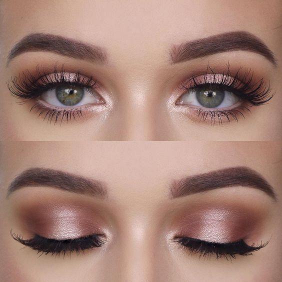 Delikatny makijaż oczu