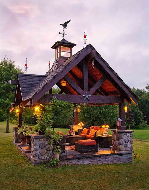 Kreatywna altanka ogrodowa